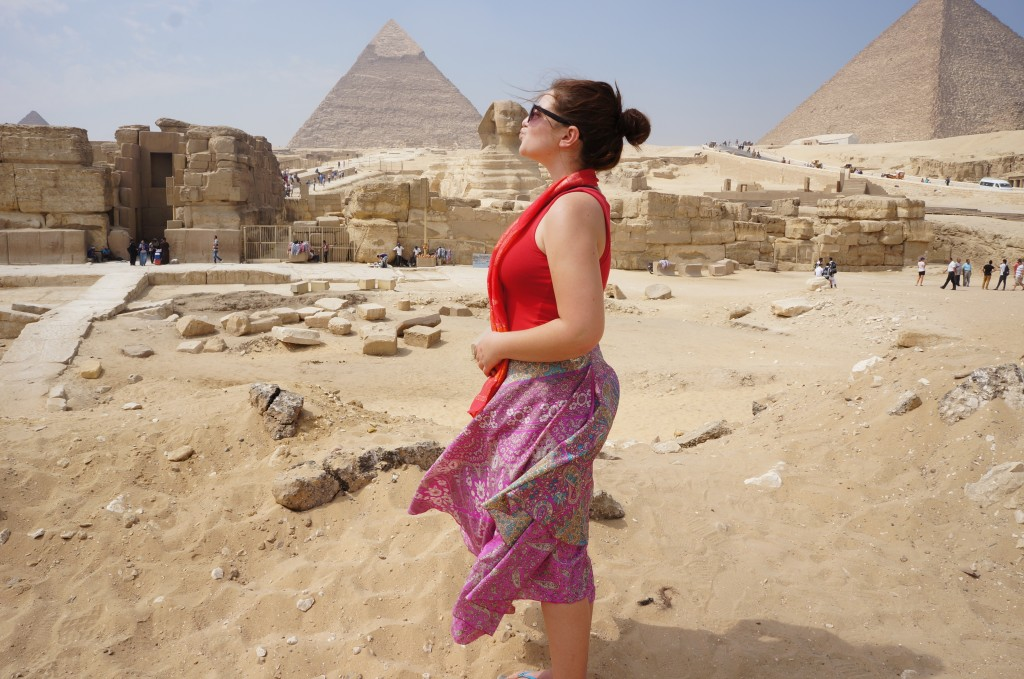 Kate kissing the Sphinx at Giza